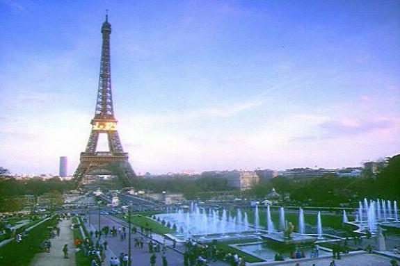 paris tour eiffel sites touristiques paris tour eiffel photo